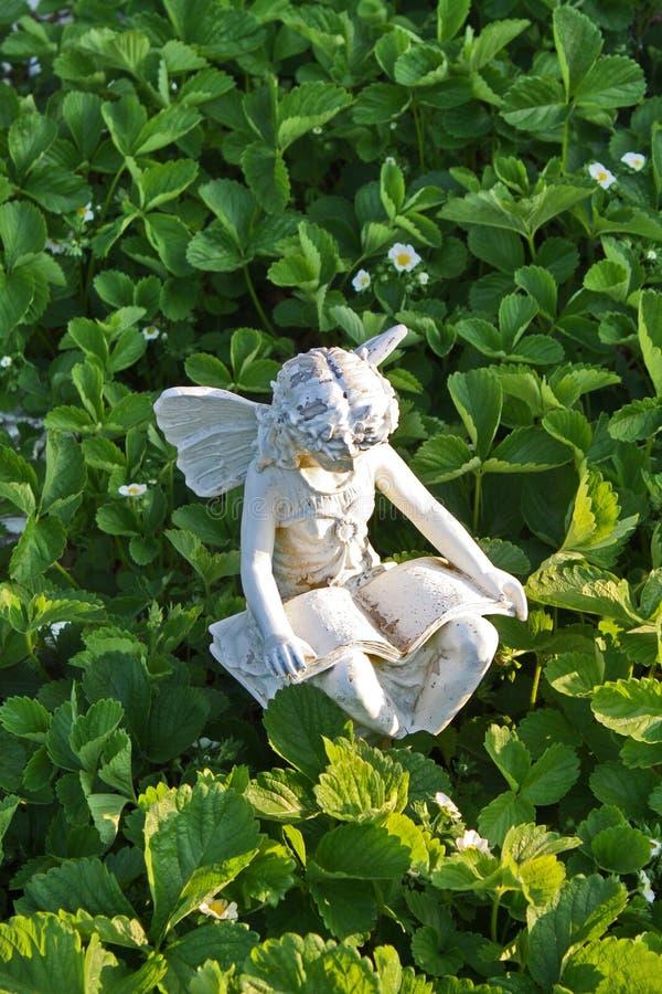 De tuinstandbeeld van de fee stock afbeelding