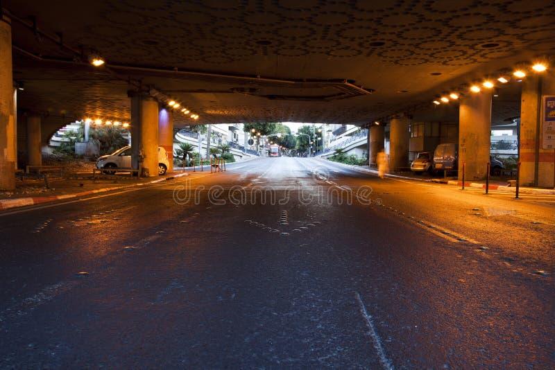 De Tunnel van de straat in Dawn stock foto