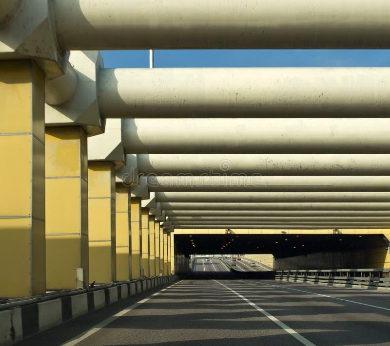 De tunnel van de auto in stad royalty-vrije stock fotografie