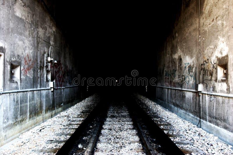 De tunnelingang van Grunge stock fotografie