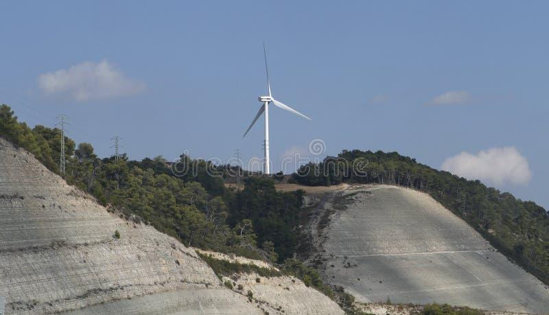De turbine van de windenergiepost royalty-vrije stock foto