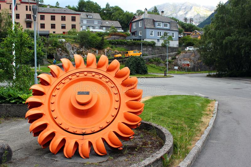 De turbine van het Peltonwiel in Tyssedal, Noorwegen stock fotografie