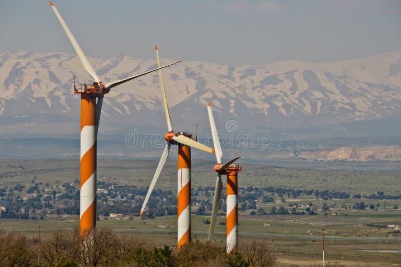De turbinelandbouwbedrijf van de wind in Golanhoogten stock afbeeldingen