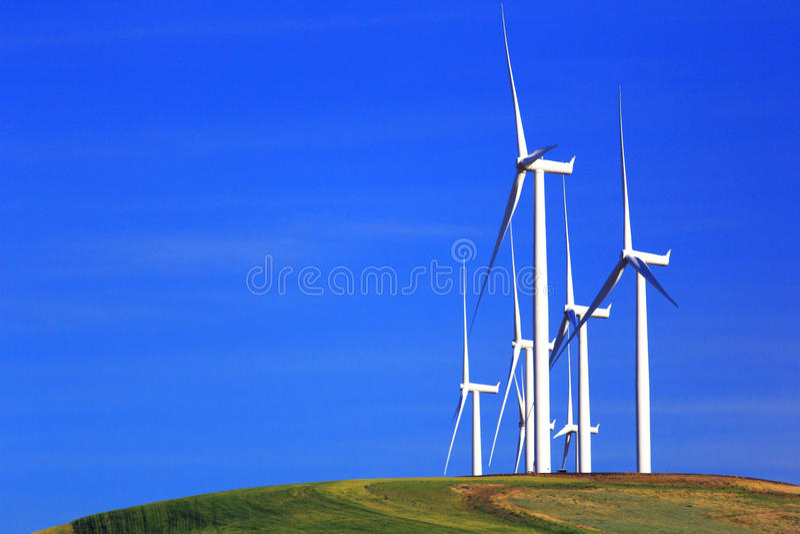 De Turbines van de wind op Heuvel stock foto's