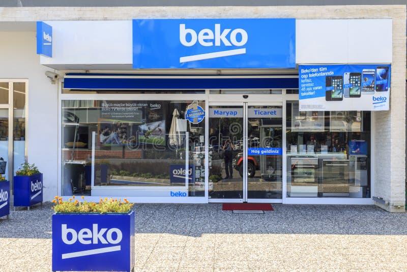 De Turkse binnenlandse winkel van de aplliancesfabrikant BEKO op Engin Boulevard in Marmaris, Turkije royalty-vrije stock foto's