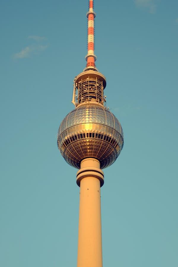 De TV-Toren op Alexanderplatz in Berlijn, Duitsland royalty-vrije stock afbeeldingen