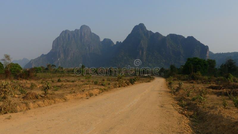 De de typische aard en bergen van Laos stock foto's