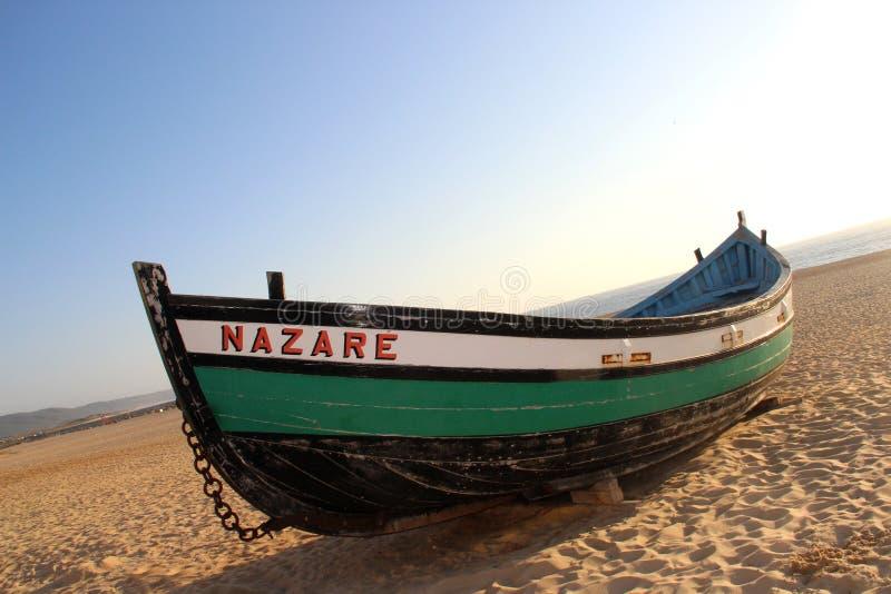 De typische boot van Nazare royalty-vrije stock afbeeldingen