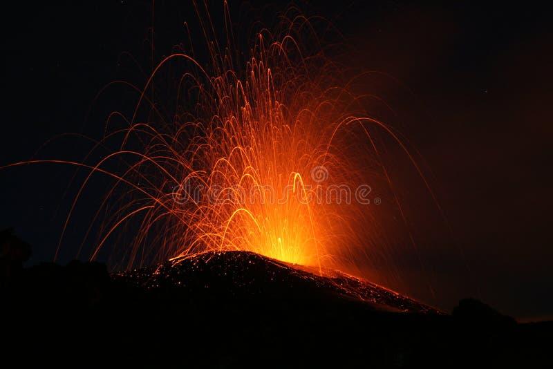 De Uitbarsting van Etna royalty-vrije stock afbeelding