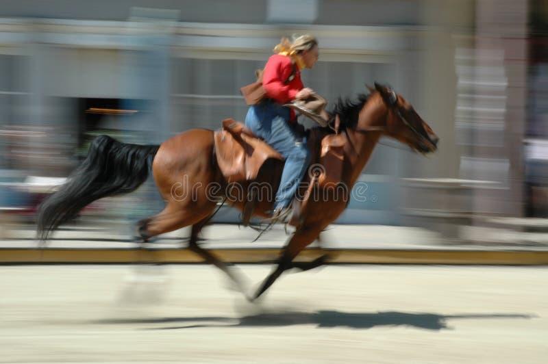 De uitdrukkelijke ritten van de poney opnieuw royalty-vrije stock fotografie