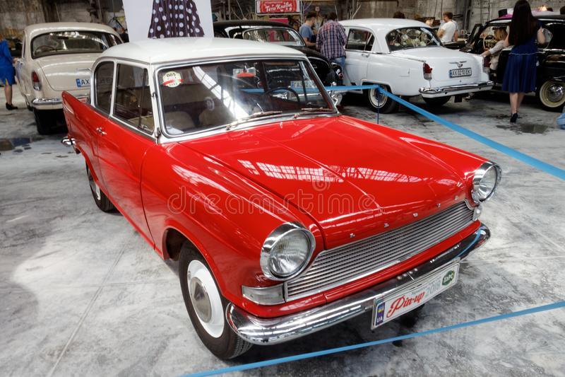 De uitstekende auto van Lloyd Arabella - Voorraadbeeld stock foto