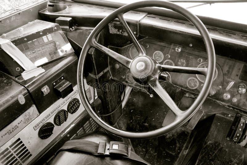 De uitstekende Cabine van de Schoolbus met Stuurwiel stock afbeeldingen