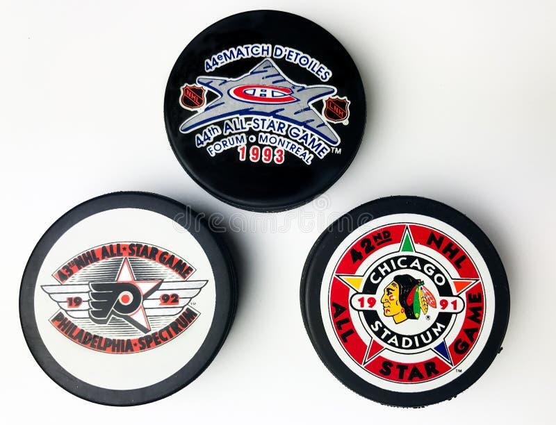 De uitstekende Pucks van NHL All Star stock foto's