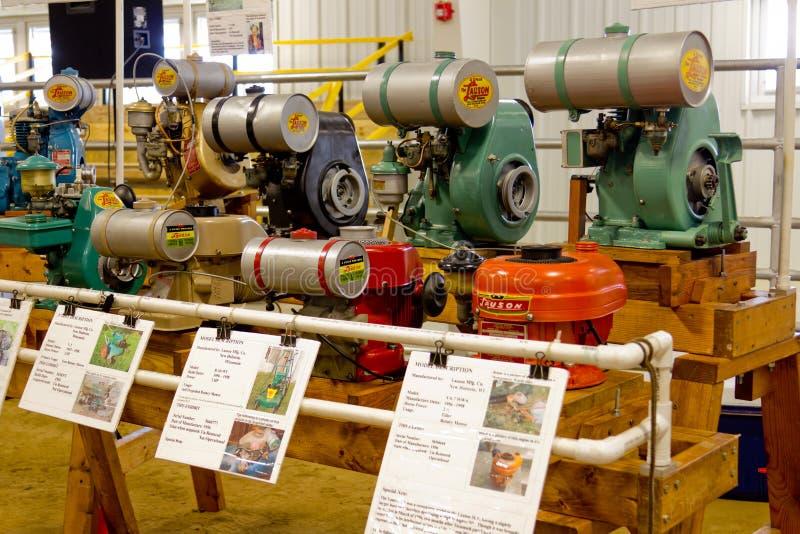 De uitstekende Stationaire Motoren van het Landbouwbedrijf stock afbeelding