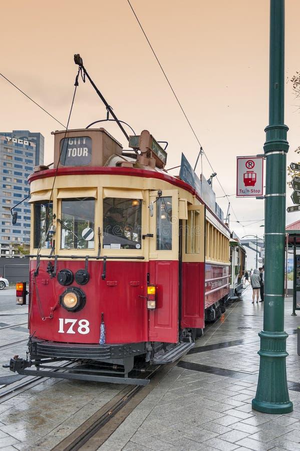 De uitstekende stijltram op het Christchurch-Tramspoor biedt een unieke stadsreis door de klassieke manier van vervoer in Nieuw Z royalty-vrije stock fotografie
