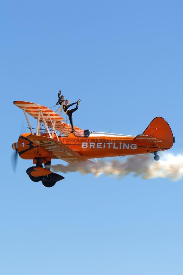 De uitstekende tweedekker van Boeing Stearman van Breitling Wing Walkers royalty-vrije stock foto