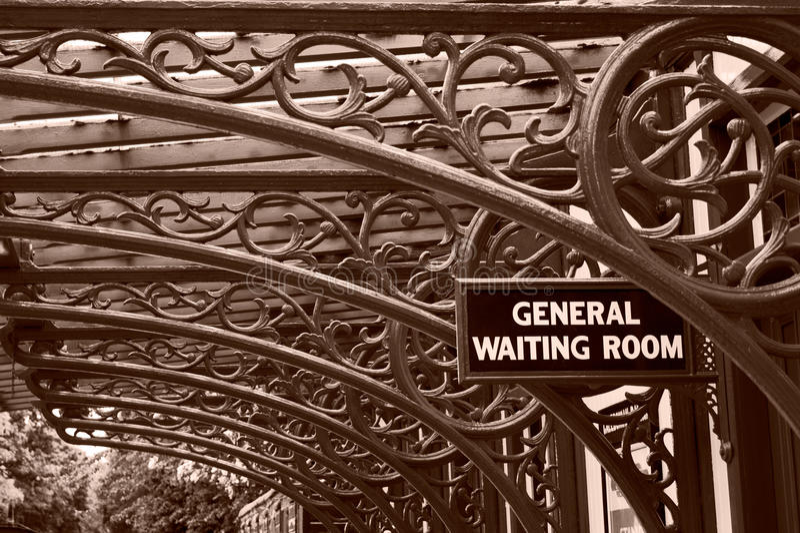 De uitstekende Wachtkamer van de Spoorweg royalty-vrije stock afbeeldingen