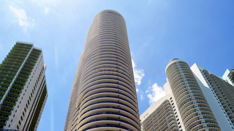 De ultra moderne torens van de huurflat in Miami van de binnenstad, Florida royalty-vrije stock afbeeldingen