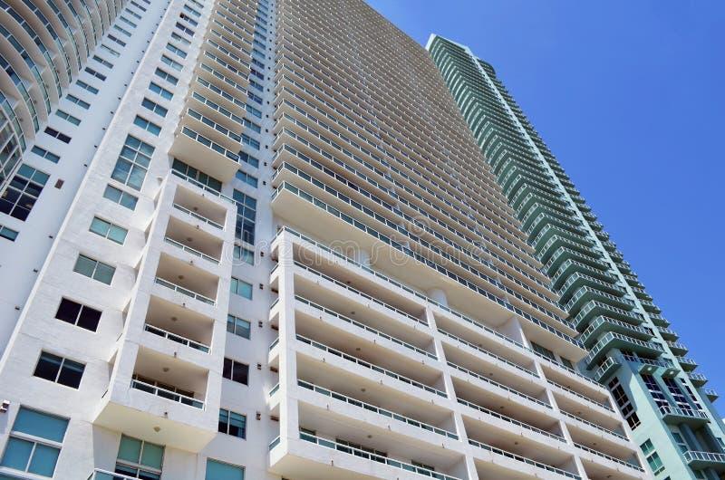 De ultra moderne torens van de huurflat in Miami van de binnenstad, Florida stock fotografie