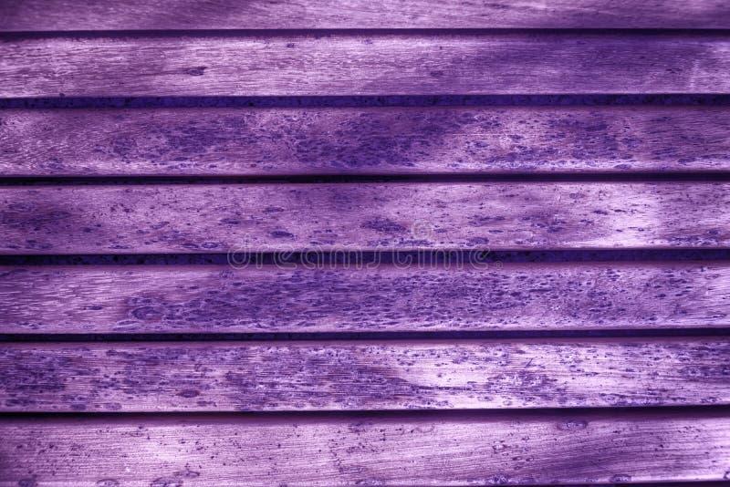 De ultra purpere Houten textuur van de bankplank voor website of mobiele apparaten, ontwerpelement royalty-vrije stock afbeelding