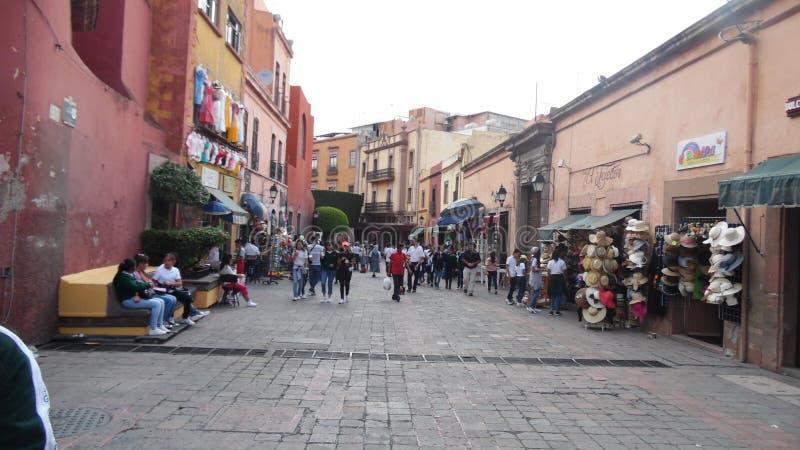 De um dia nas ruas da cidade de Queretaro imagem de stock royalty free