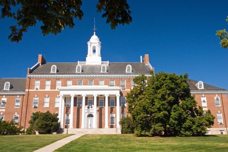 De universitaire campusbouw royalty-vrije stock fotografie
