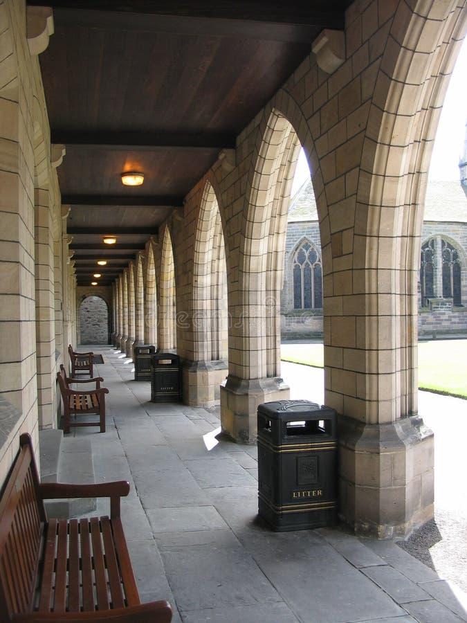De Universiteit van de Koningen van de colonnade stock foto's