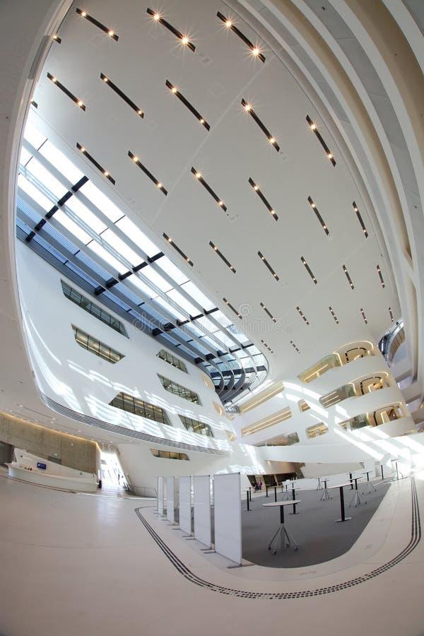 De Universiteit van Wenen van Economie en Bedrijfsmontagehal royalty-vrije stock fotografie