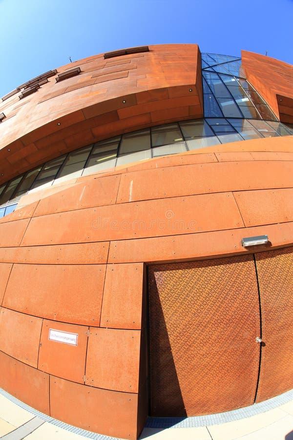 De Universiteit van Wenen van Economie en Zaken stock foto