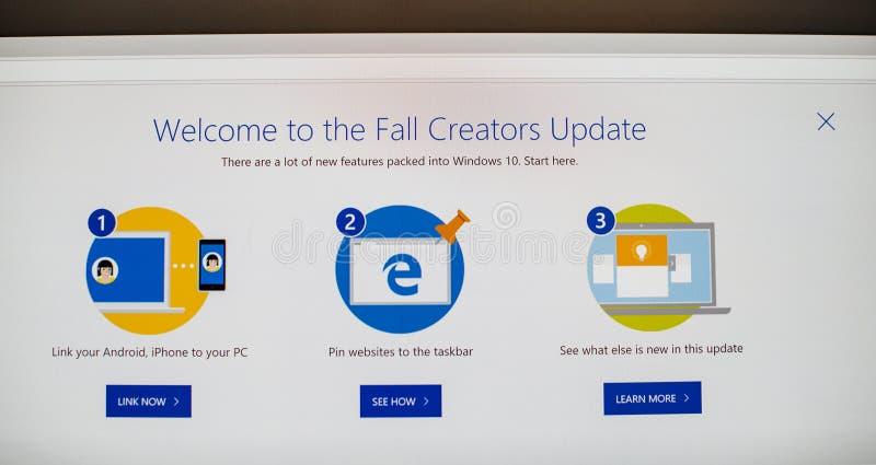 De Update van dalingsscheppers van Microsoft Windows 10 OS royalty-vrije stock fotografie