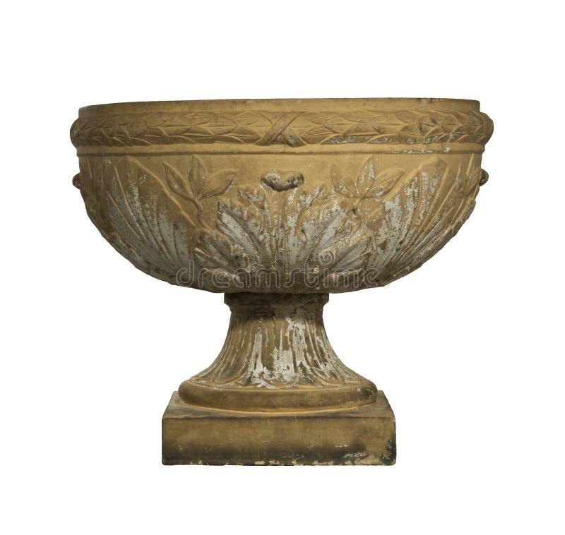 De Urn oude die antiquiteit van het tuinterracotta op wit wordt geïsoleerd stock foto's