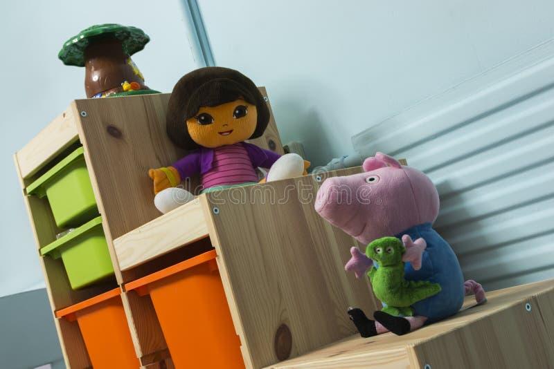 De välfyllda leksakerna arkivfoton
