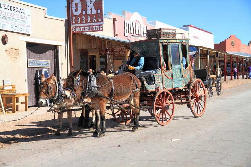 De V.S., Arizona/Grafsteen: Het oude Westen - Stagecoach royalty-vrije stock afbeeldingen