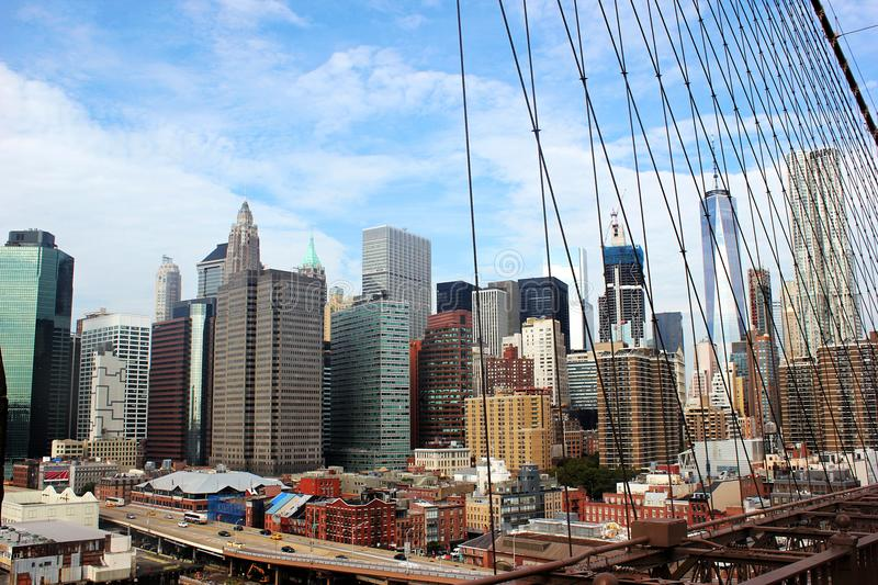 De V.S., NY september Teken, Bakstenen, dichtbij de Brug van Brooklyn De grootheid van de stad royalty-vrije stock afbeeldingen
