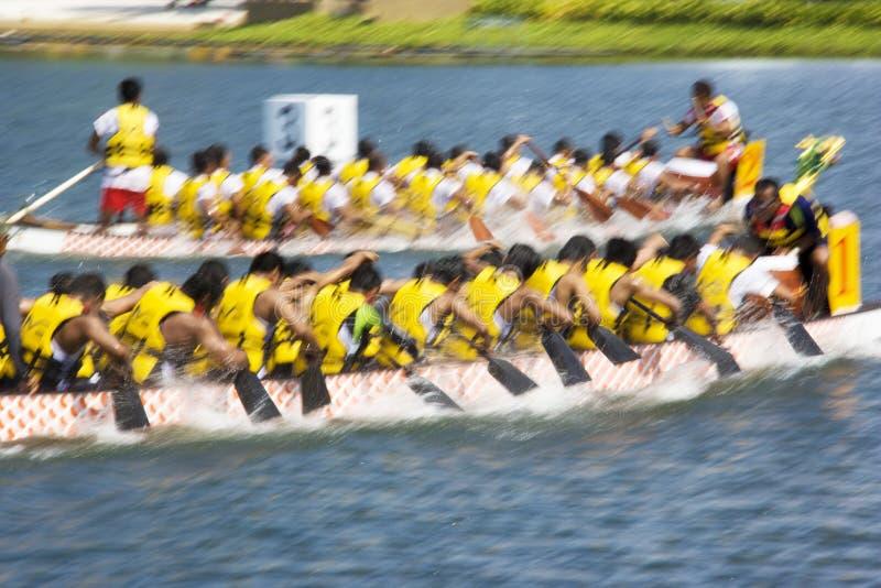 (De Vage) Actie van het Ras van de Boot van de draak royalty-vrije stock foto's