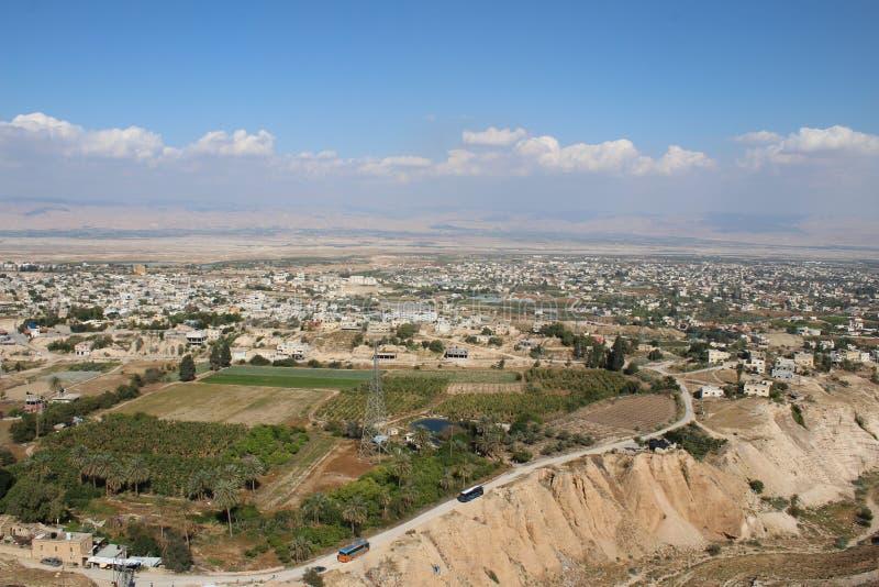 De vallei van Jericho die van het Onderstel, Klooster wordt gezien van Verleiding stock foto's