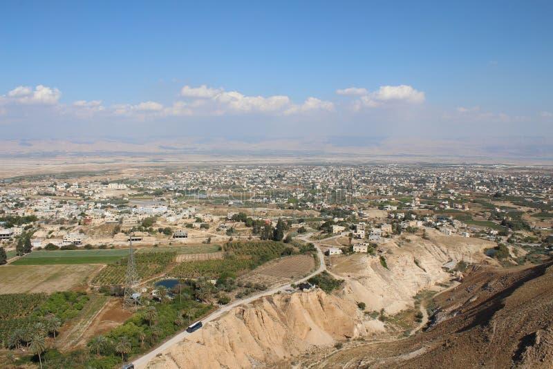 De vallei van Jericho die van het Onderstel, Klooster wordt gezien van Verleiding stock afbeelding