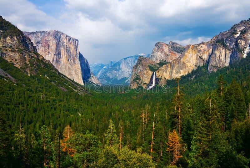 De Vallei van Yosemite stock afbeeldingen