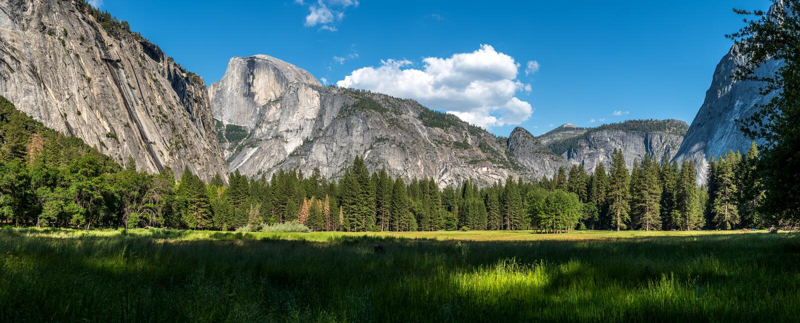 De Vallei van Yosemite bij de Mening van de Tunnel royalty-vrije stock fotografie