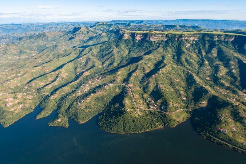 De Valleien van de Heuvels van de Dam van de lucht   royalty-vrije stock afbeeldingen