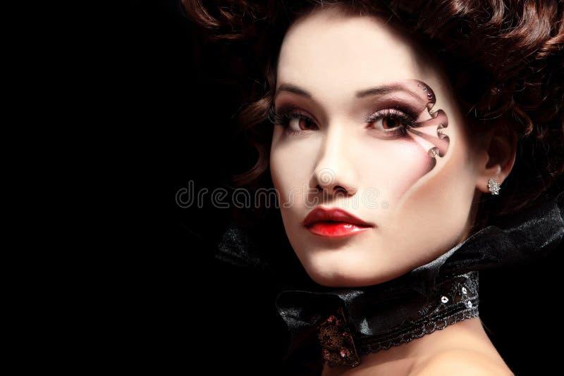 De vampier barokke aristocraat van vrouwen mooie Halloween stock foto