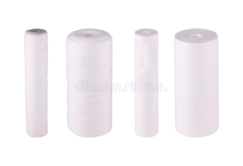 De vastgestelde filters isoleerden witte achtergrond Garen van het patronen multifilament polypropyleen Mechanische waterreinigin stock fotografie
