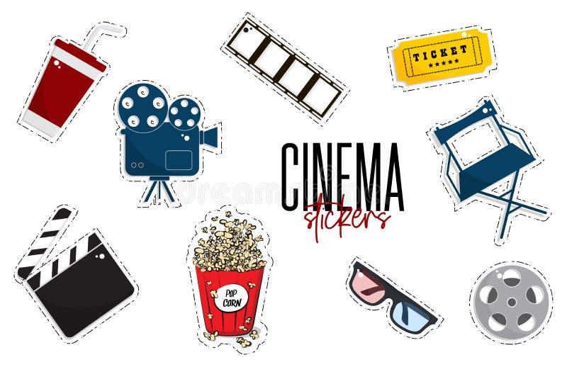 De vector vlakke film van bioskoopstickers, camers, kaartjes, popcorn, glazen, stoel, filmstrip TV-symboolillustratie modern vector illustratie