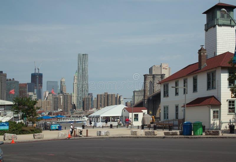 De Veerboot die van Fulton Brooklyn New York landt royalty-vrije stock afbeeldingen