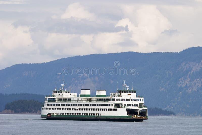 De Veerboot van het eiland stock fotografie