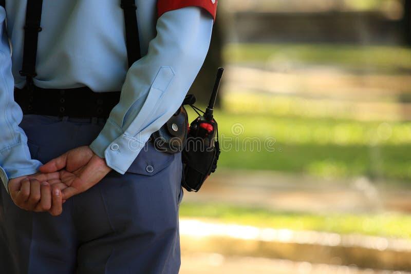 De veiligheidsagent plaatst onbeweeglijk royalty-vrije stock afbeeldingen