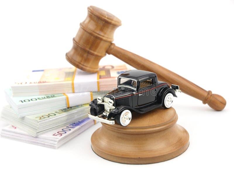 De veiling, de auto en het geld van de hamer stock foto
