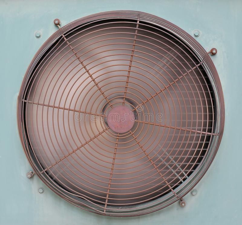 De Ventilator van de Airconditionerventilatie het roteren royalty-vrije stock afbeelding