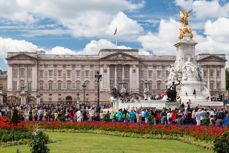 De Verandering van het Buckingham Palace van de Wachten Londen royalty-vrije stock fotografie