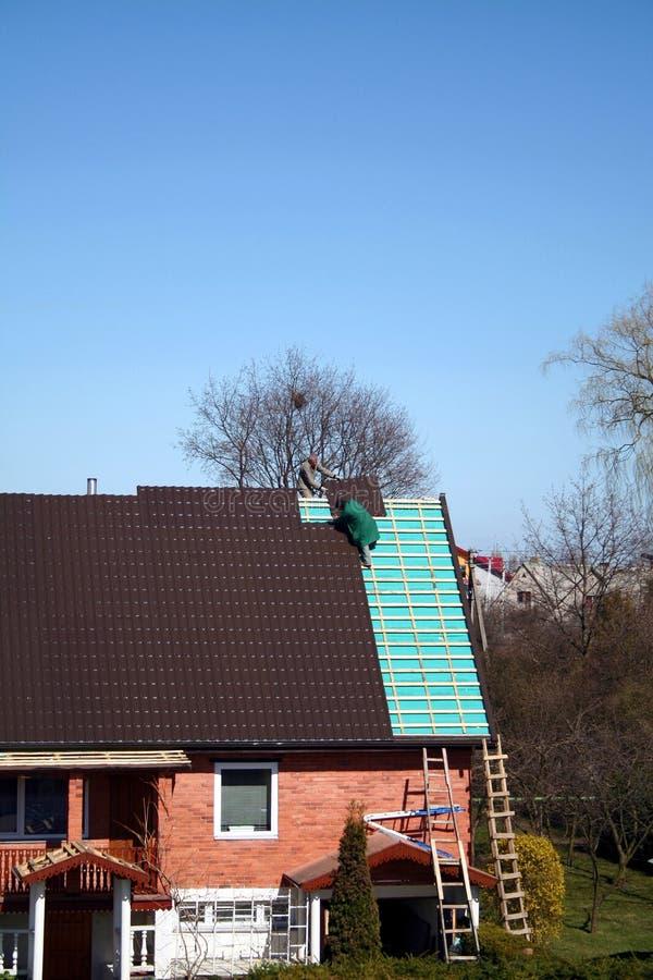 De verandering van het dak stock foto's